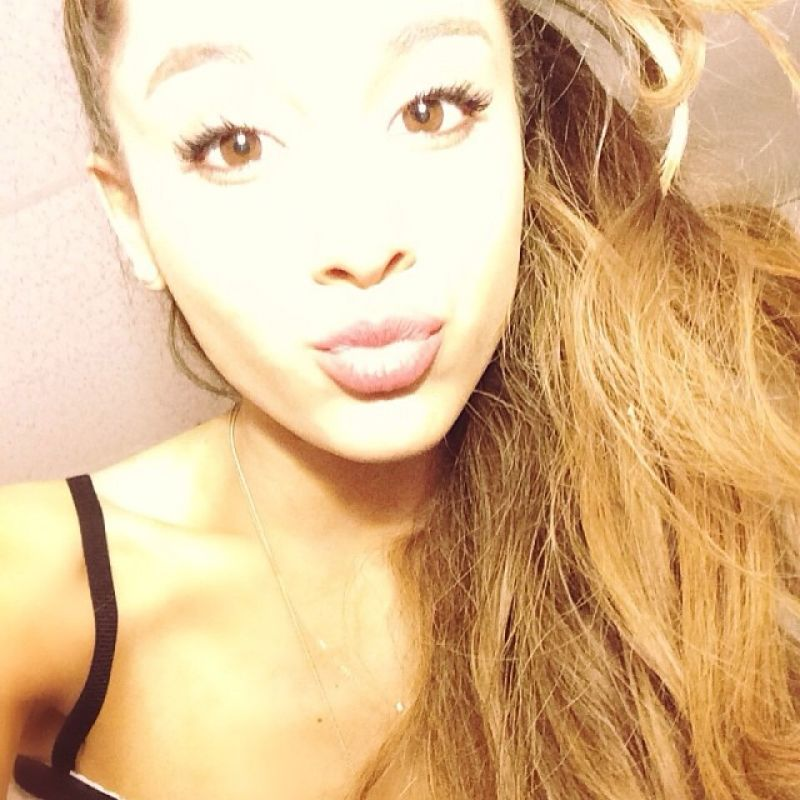 Ariana grande twitter instagram and personal photos january 2014