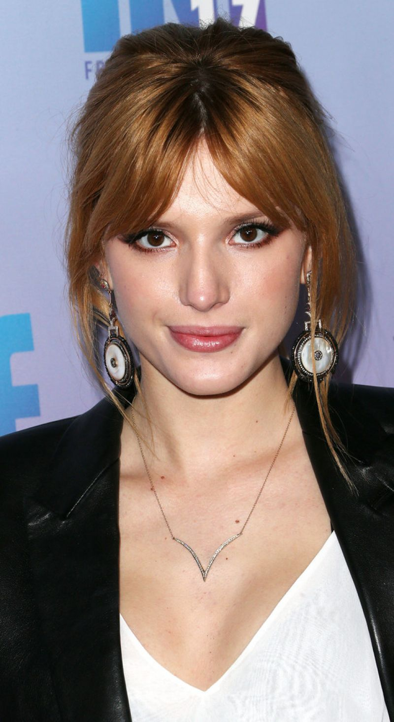 Bella Thorne - Friends