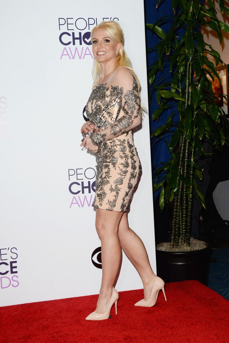 Britney Spears on Red Carpet - 40th Annual People
