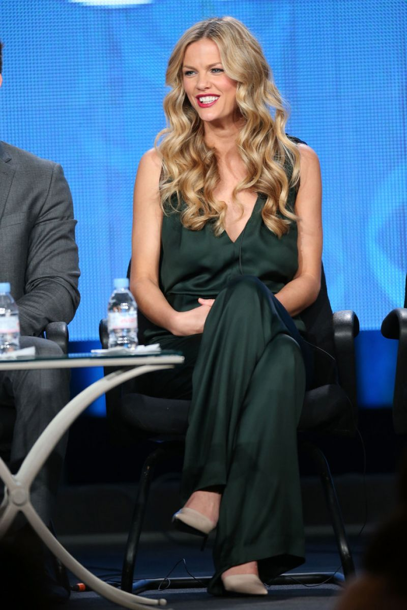 Brooklyn Decker Attends CBS 2014 Winter TCA Tour in Pasadena