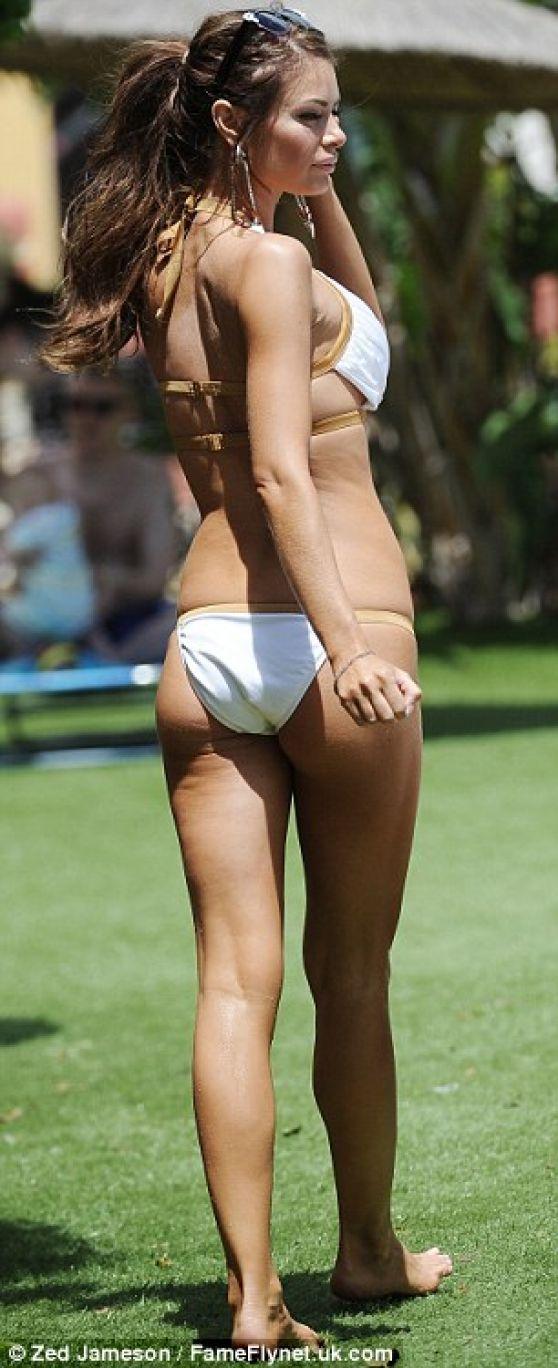 Sims Katelyn Bikini Cuz#2