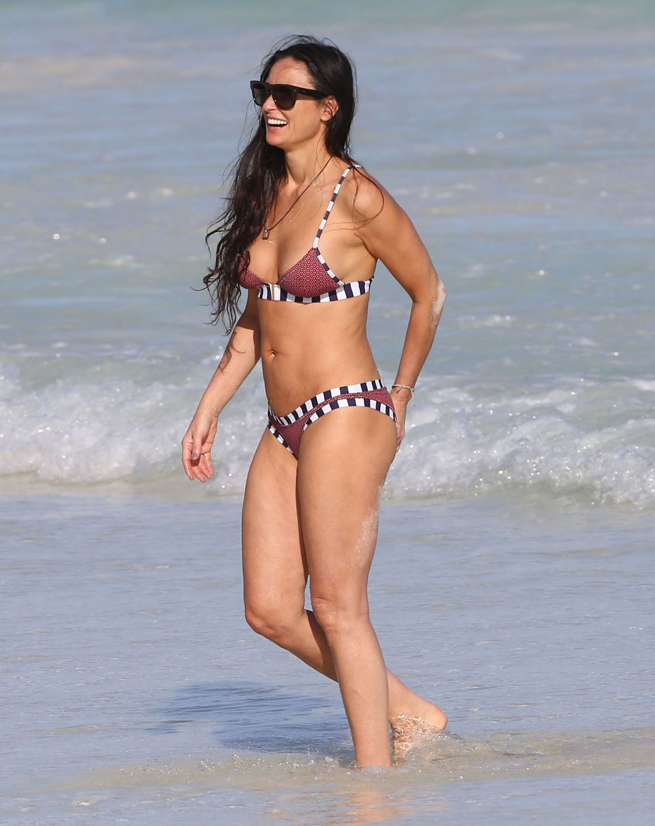 Demi Moore Bikini Photos Mexico January 1 2014