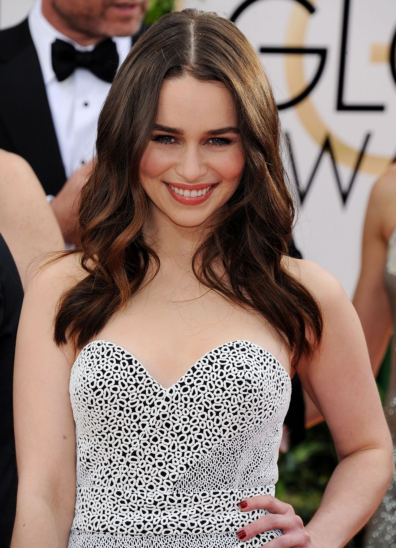 emilia clarke at 71st annual golden globe awards red