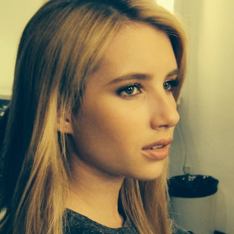 Emma Roberts Twitter Instagram Personal Photos  January
