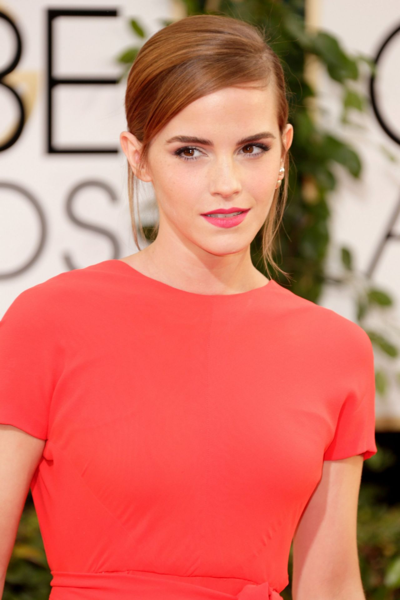 Emma Watson Wears Dior To Accept