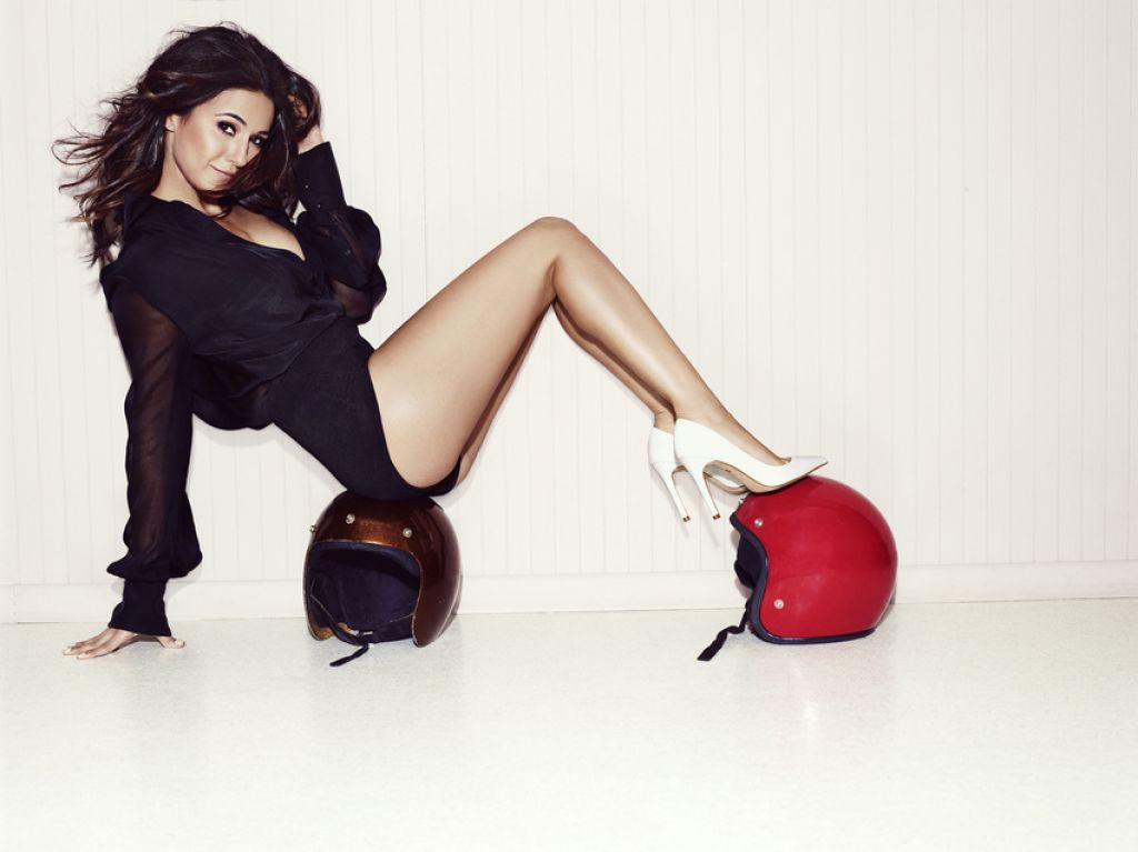 Emmanuelle Chriqui - Photoshoot for Charles David shoes (by Patrick Hoelck)
