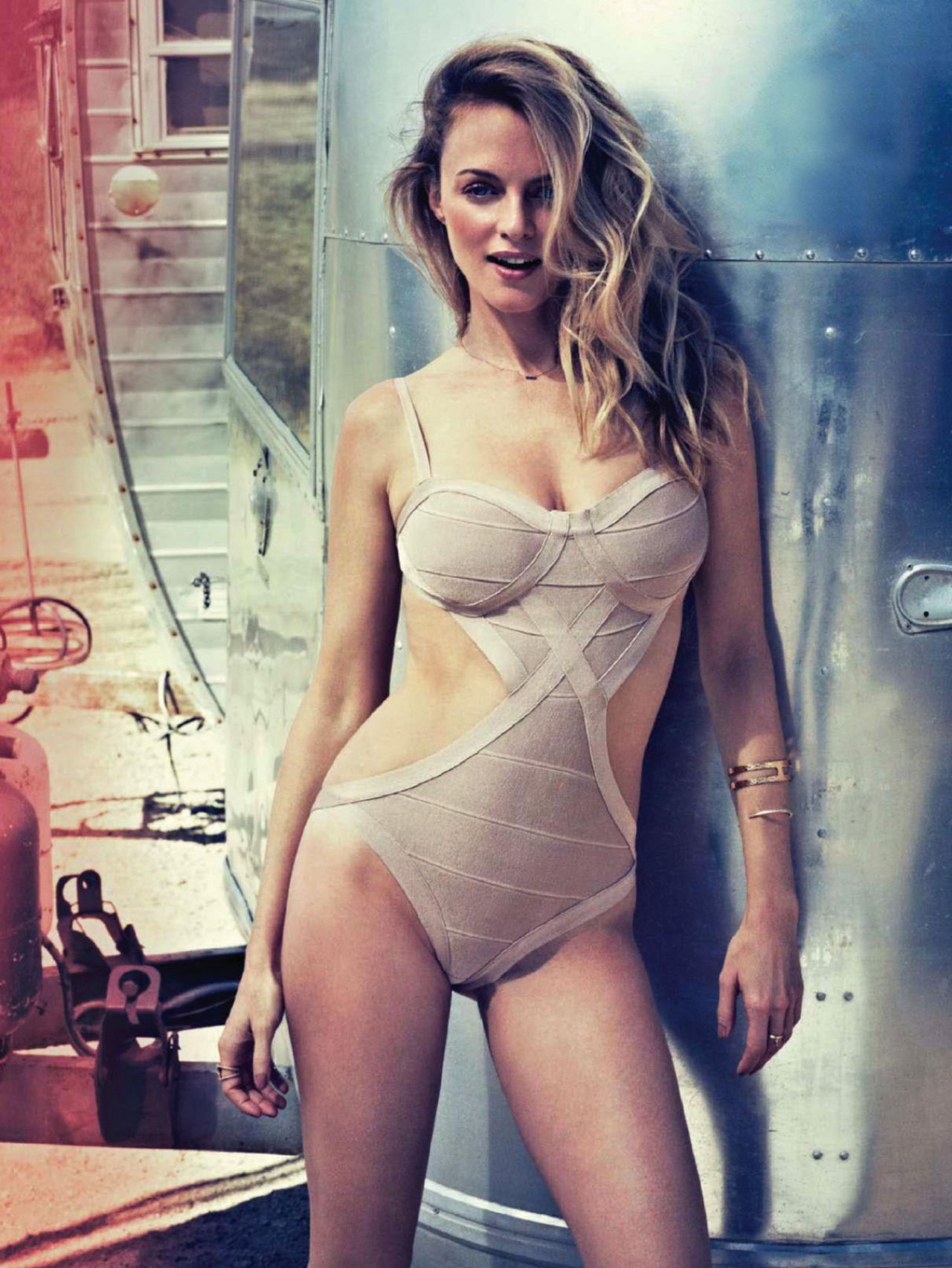 Heather Graham – MAXIM Magazine (India) – January 2014 Issue