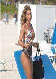 Jennifer Nicole Lee Swimsuit Candids - Miami January 2014
