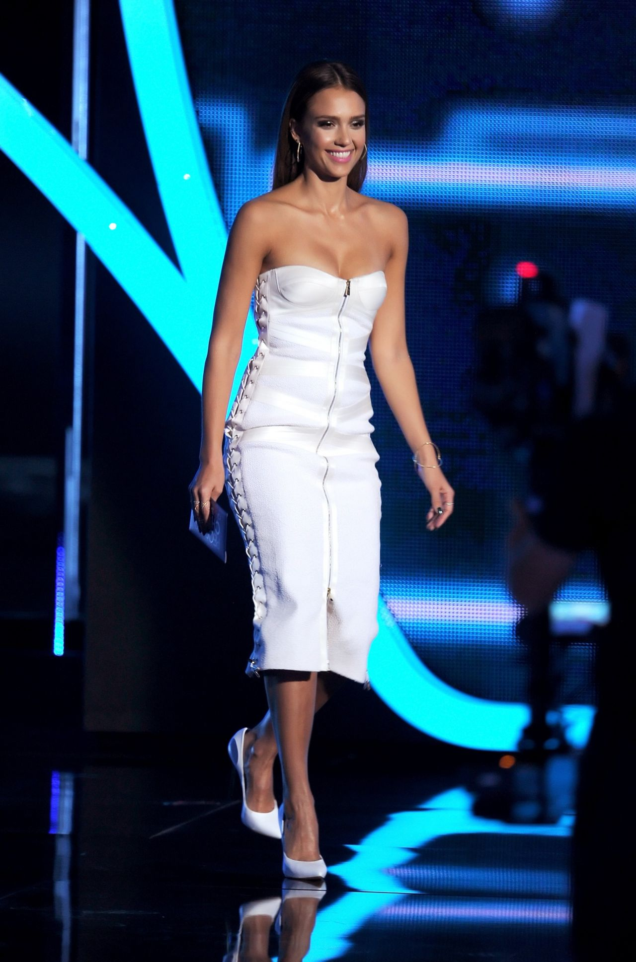 Jessica Alba In Jason Wu 40th Annual People S Choice