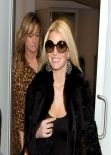Jessica Simpson Street Style - at LAX Airport, January 2014