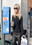 Julianne Hough Street Style - Grabbing Lunch at Cuvee Los Angeles, January 2014