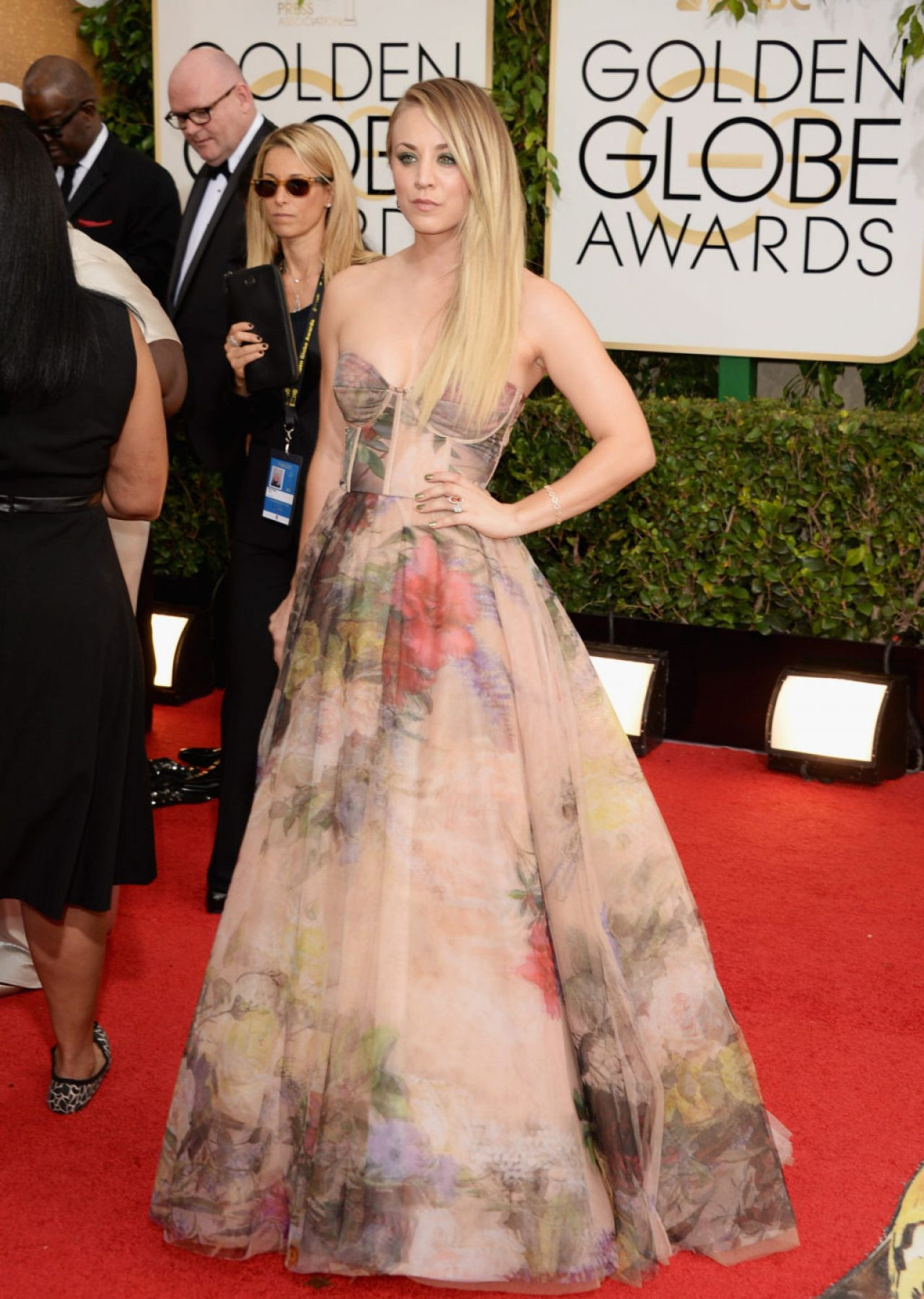 Kaley Cuoco - 71st Annual Golden Globe Awards in Beverly Hills