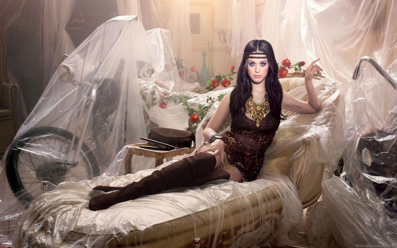 Katy Perry Photoshoot for Dark Horse Album