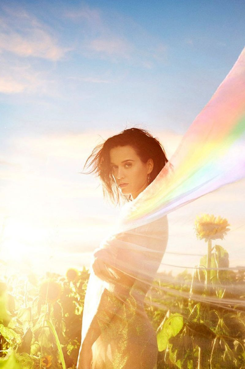 Katy Perry Photoshoot for New - 87.8KB