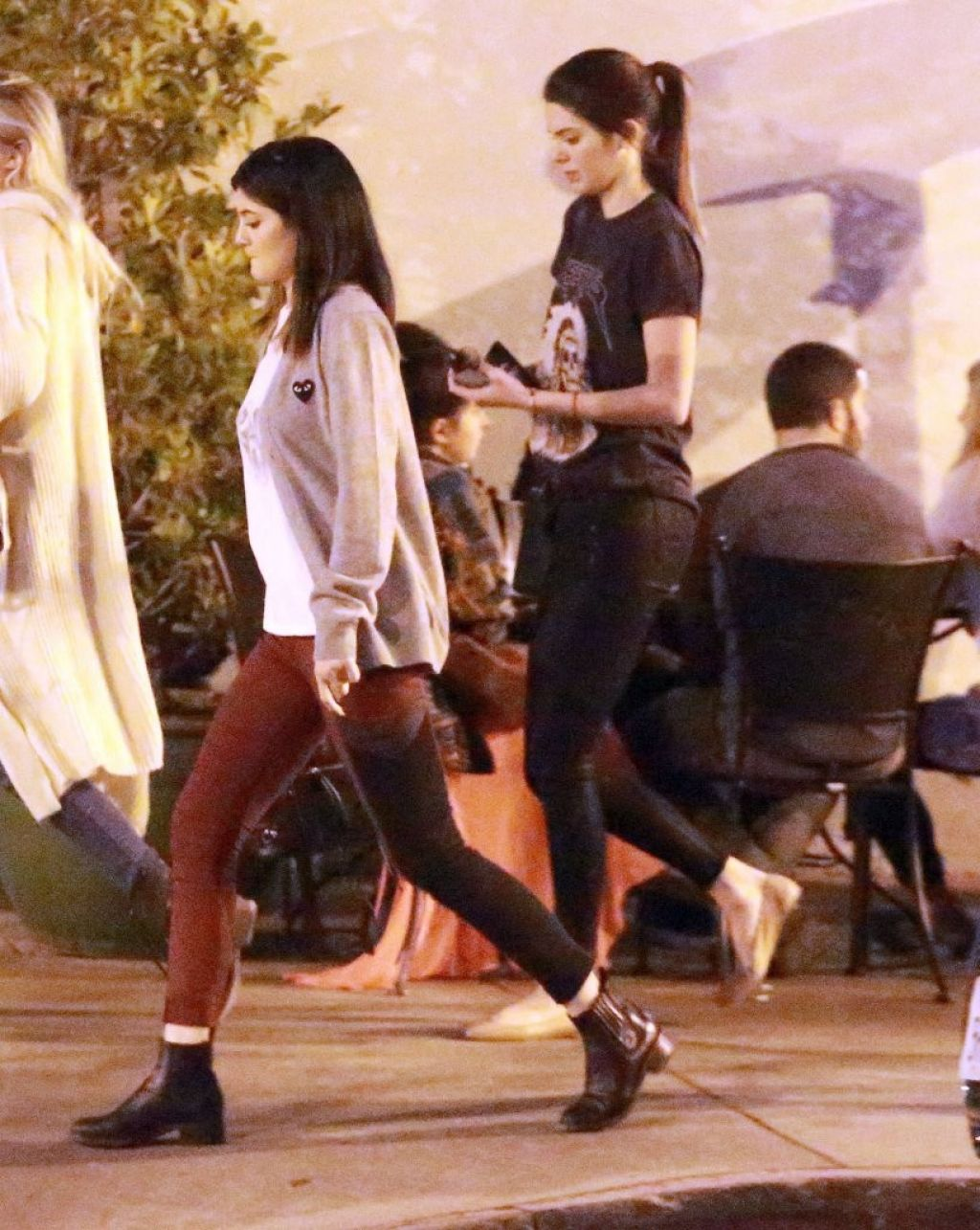 Kendall & Kylie Jenner Street Style - Leaving Urth Caffe in West Hollywood, January 2014