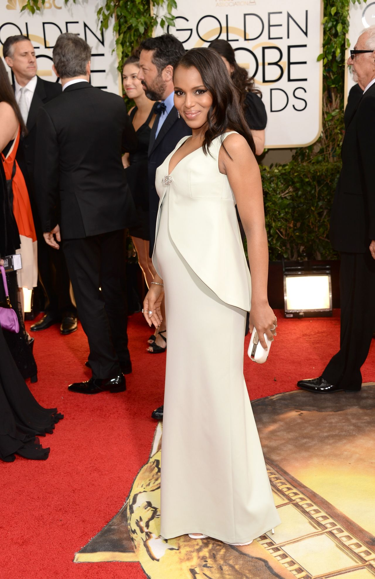 Kerry Washington on Red Carpet - 71st Annual Golden Globe Awards (2014)