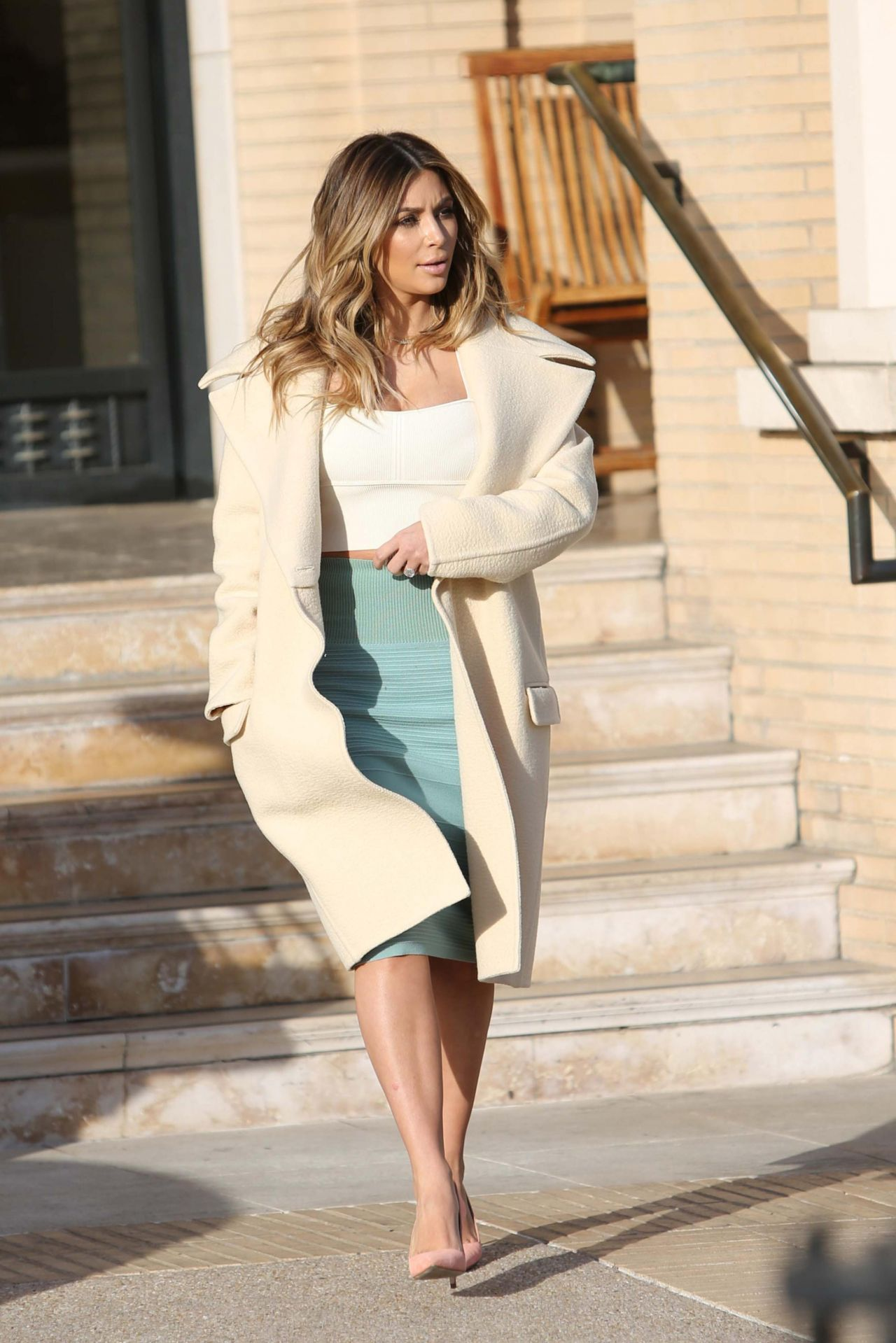 Kim Kardashian- Out for Shopping in Beverly Hills - January 2014