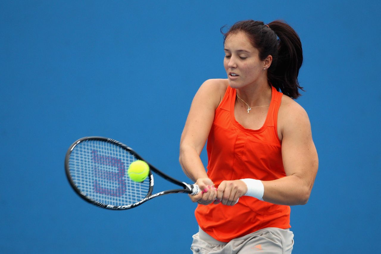 Laura Robson - Practice Session in Melbourne, January 2014