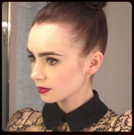 Lily Collins Twitter I...