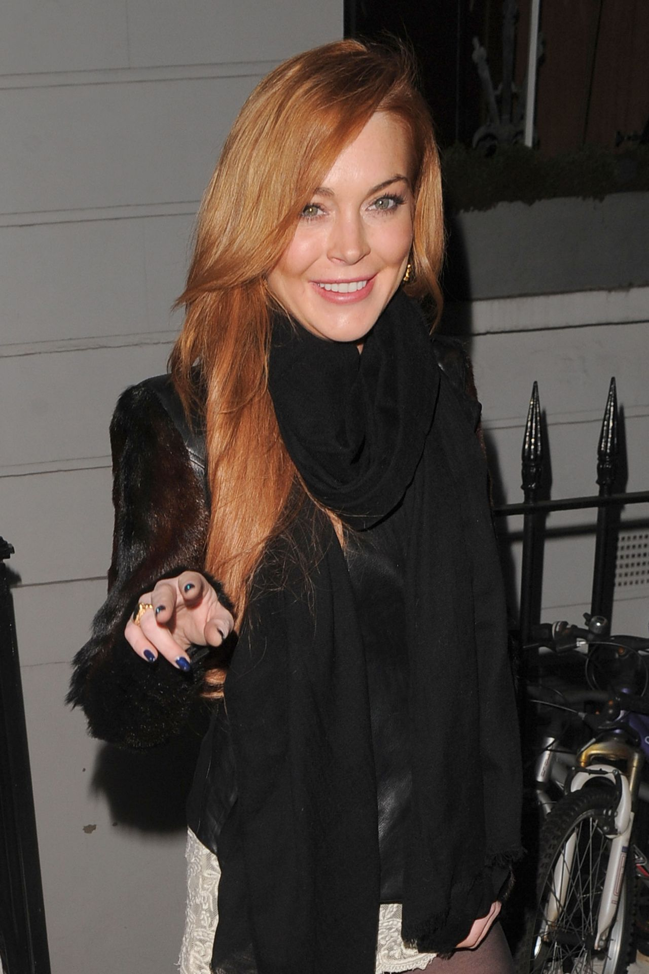Lindsay Lohan In Mini Skirt Night Out In London January 2014