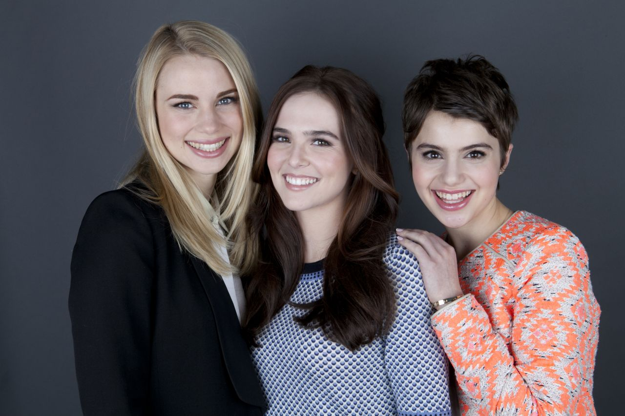 Lucy Fry, Zoey Deutch and Sami Gayle - VAMPIRE ACADEMY Cast Portraits