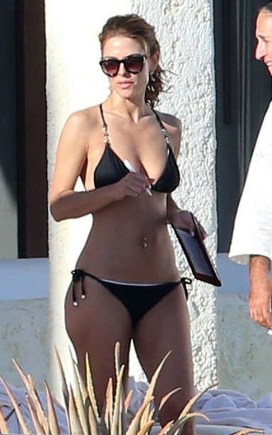 Maria Menounos in a Bikini - Cabo, January 2014