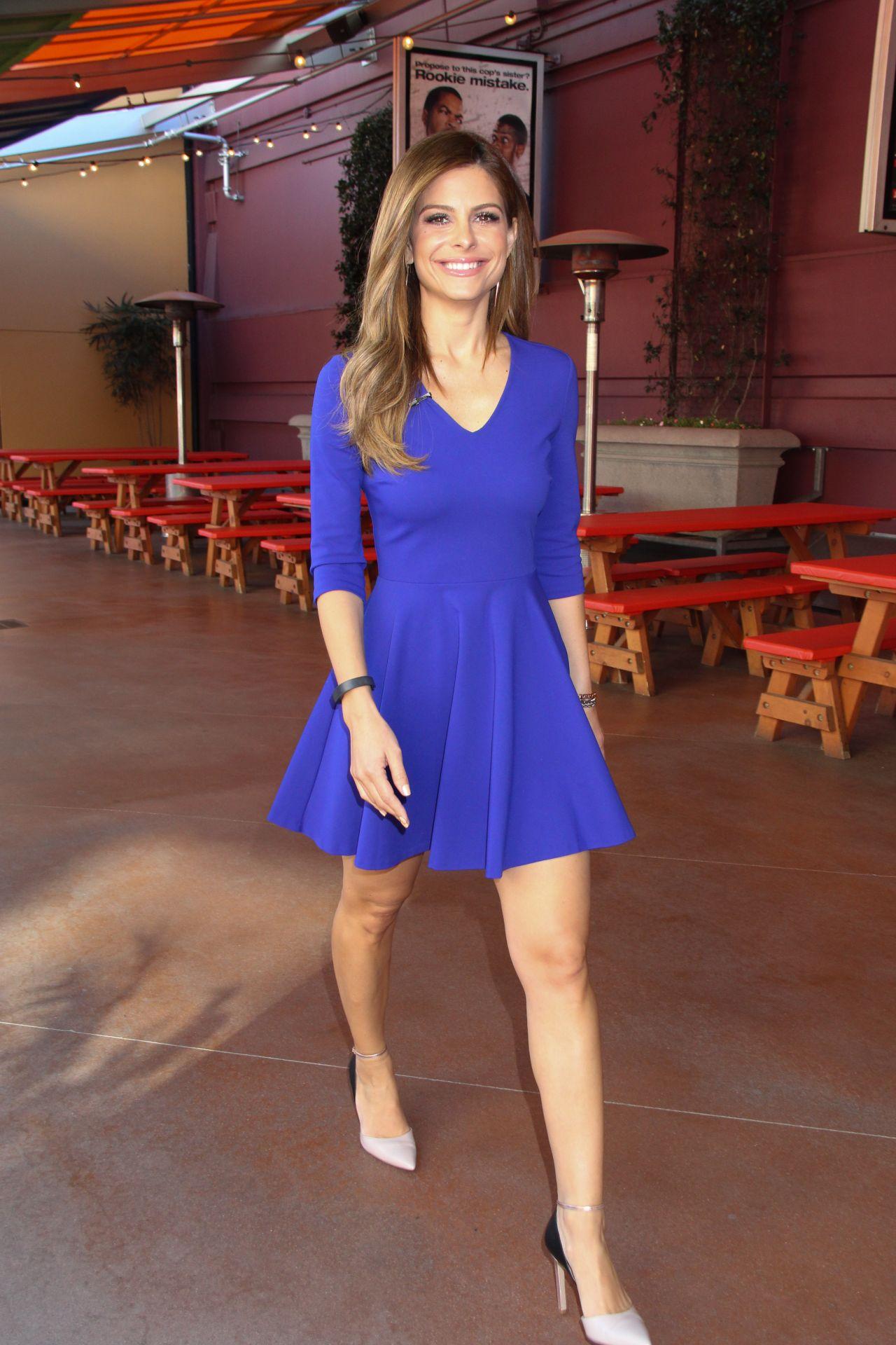 Maria Menounos Shows Legs Universal Studios In Los