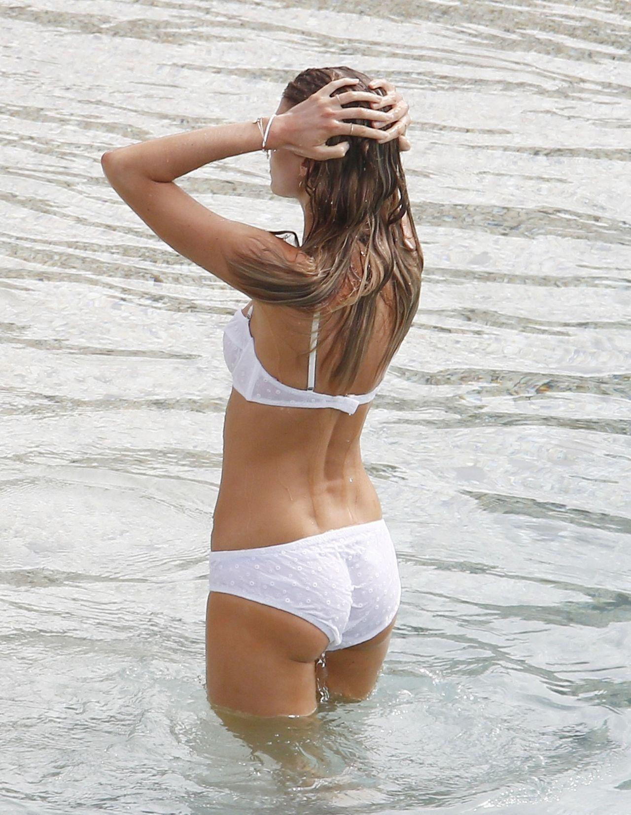 Maryna Linchuk Photoshoot For Vogue Shell Beach St