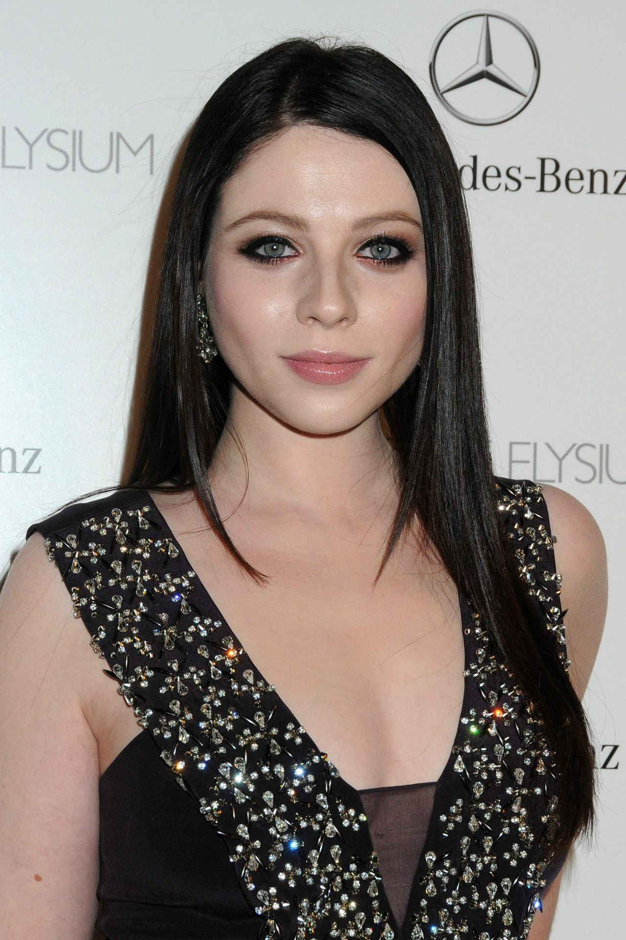 Michelle Trachtenberg Wears Rebecca Taylor at The Art of Elysium HEAVEN Gala, January 2014