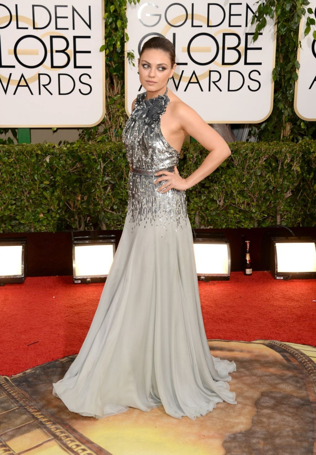 Mila Kunis - 2014 Golden Globe Awards Red Carpet