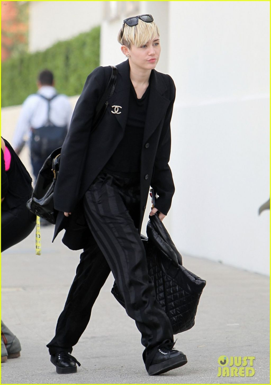 Miley Cyrus Street Style Out For Lunch In Los Angeles Januaru 2014