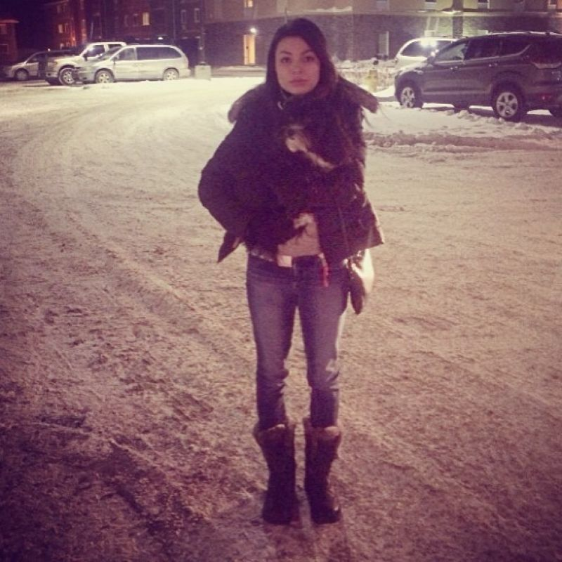 Miranda Cosgrove Twitter Instagram Personal Photos