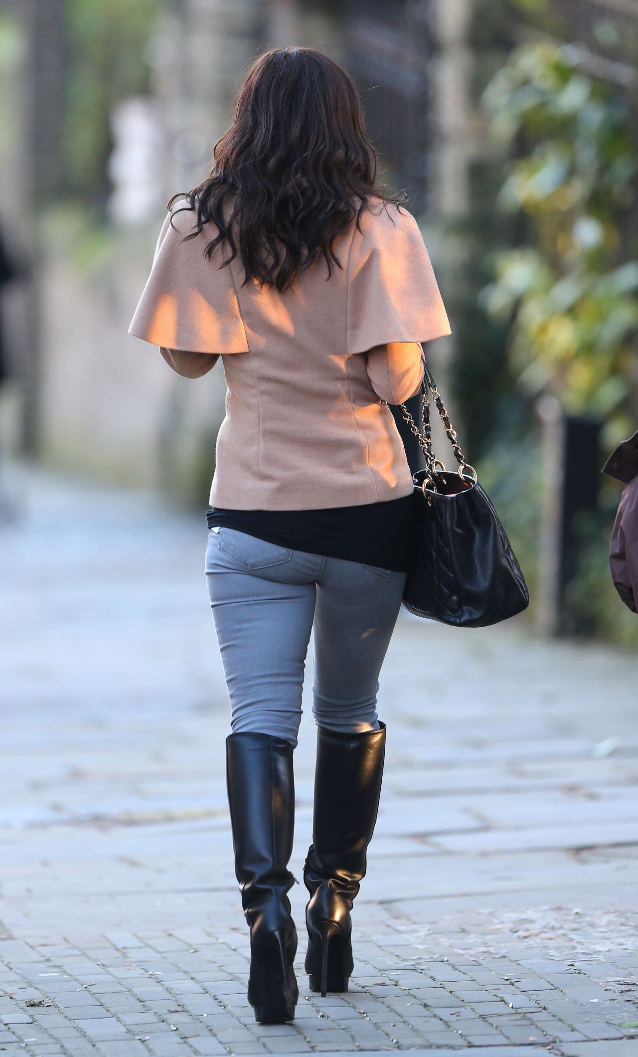 Myleene Klass Street Style In Jeans And Fmb S London