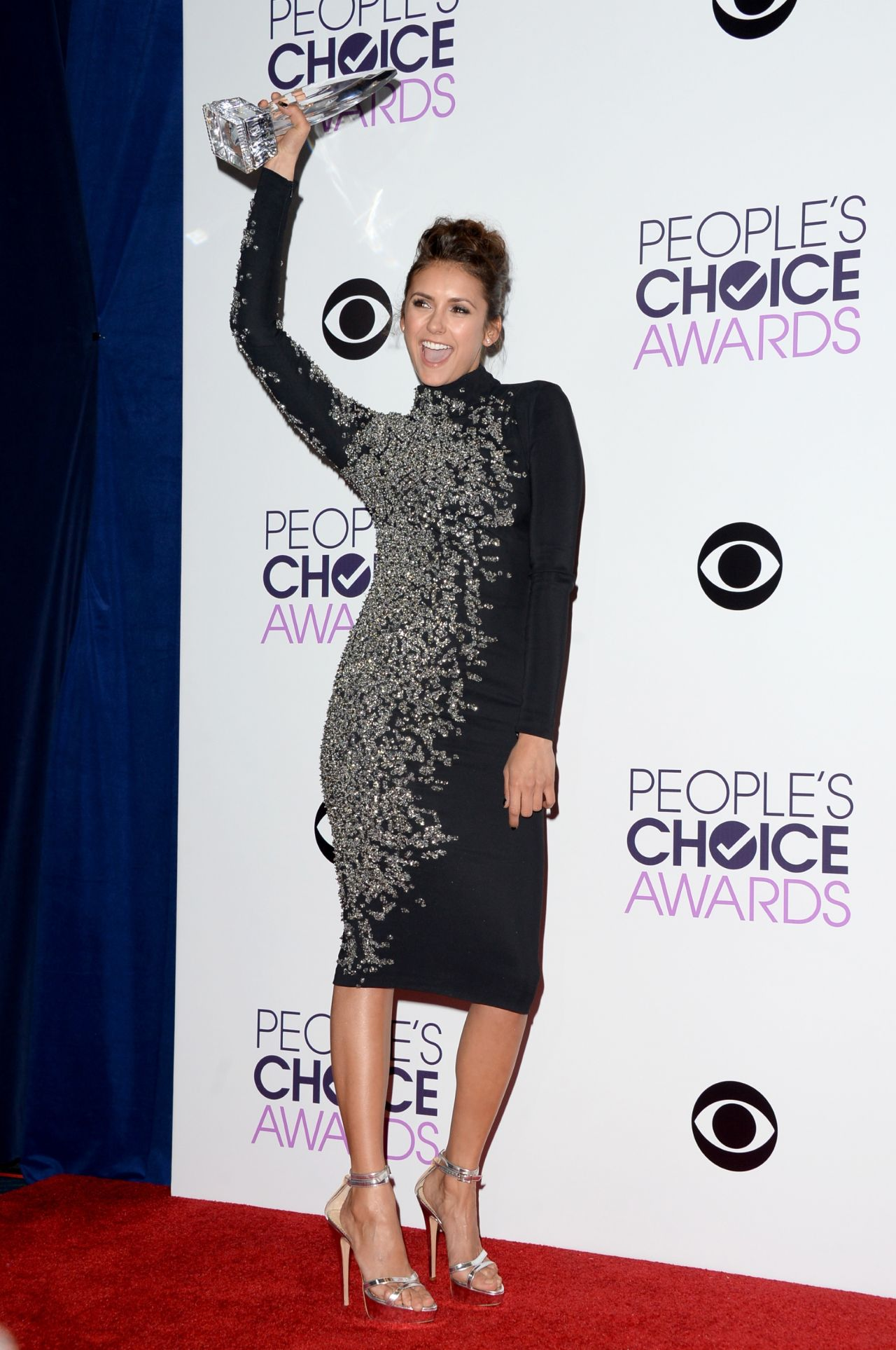 Nina Dobrev in Jenny Packham – 2014 People's Choice Awards