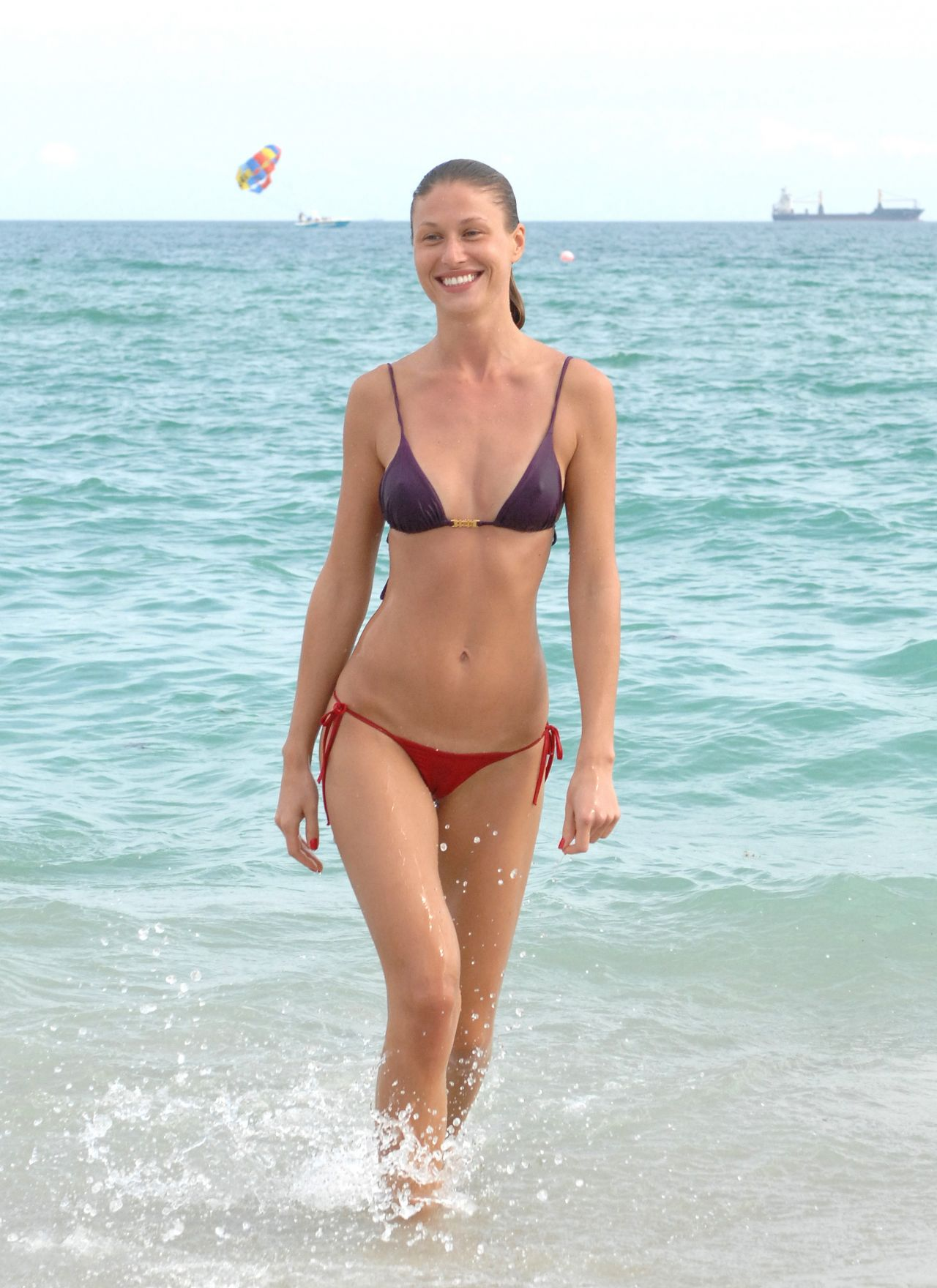 Olga Kent Bikini Photos – Beach in Miami – January 6 2014