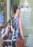 Olivia Wilde Street Style - Earth Bar in Hollywood - January 2014