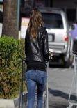 Olivia Wilde Street Style - in Jeans While Shopping at Whole Foods in West Hollywood - January 2014