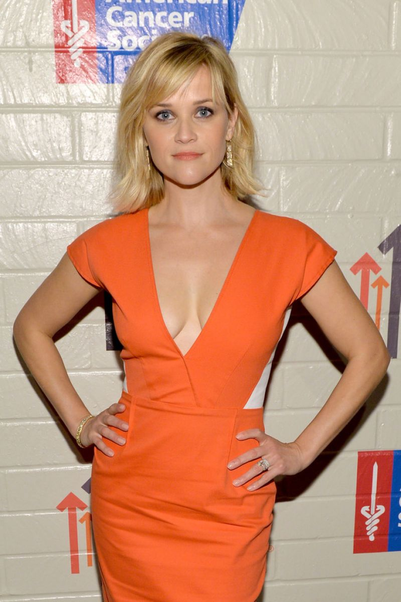 Reese Witherspoon - Hollywood Stands Up To Cancer Event - January 2014