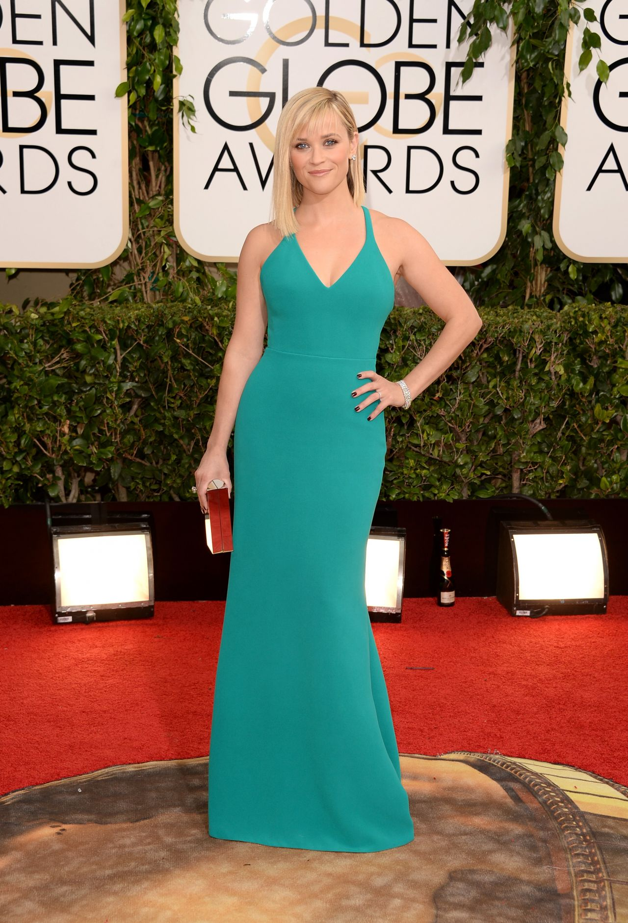 Reese Witherspoon Red Carpet Photos - 71st Annual Golden Globe Awards (2014)
