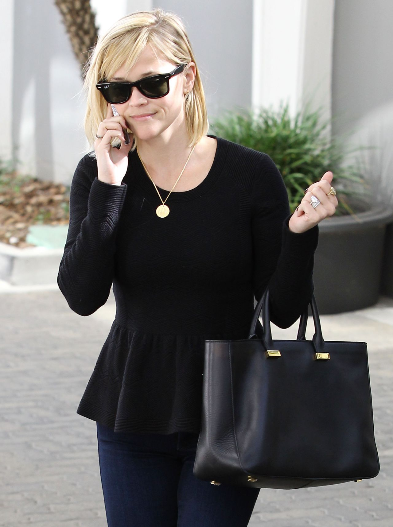 Reese Witherspoon Street Style  - Out  n Brentwood California, January 2014