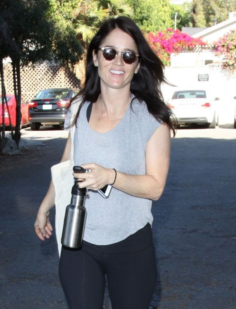 Robin Tunney Gym Style - West Hollywood, January 2014