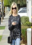 Sarah Michelle Gellar in Jeans - Los Angeles January 2014
