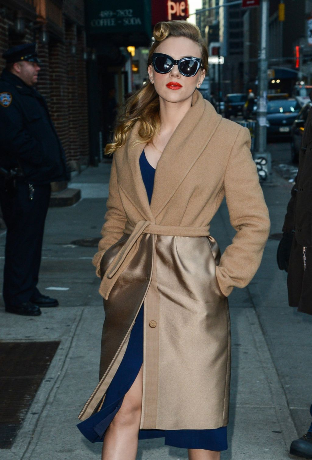 Scarlett Johansson in New York - Late Show With David Letterman - Jan. 2014