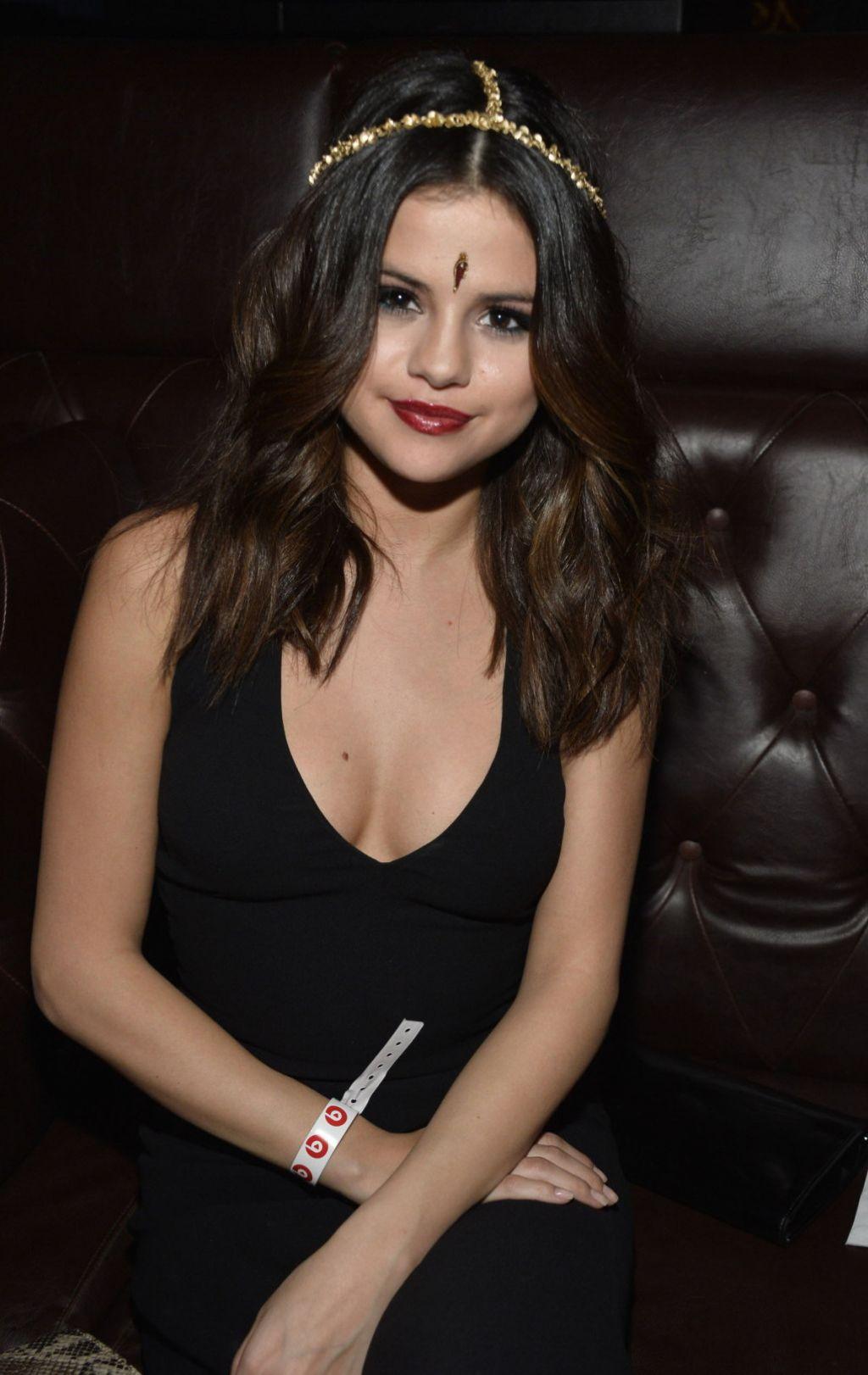 Selena gomez beats music launch party los angeles january 2014 - Photo selena gomez 2014 ...