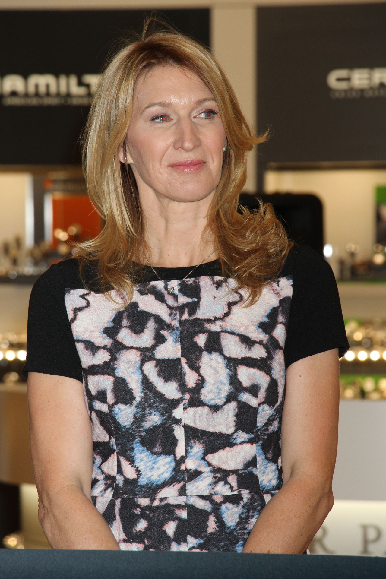 Images Steffi Graf Minimalist steffi graf - 'hour passion boutique' opening at aria resort