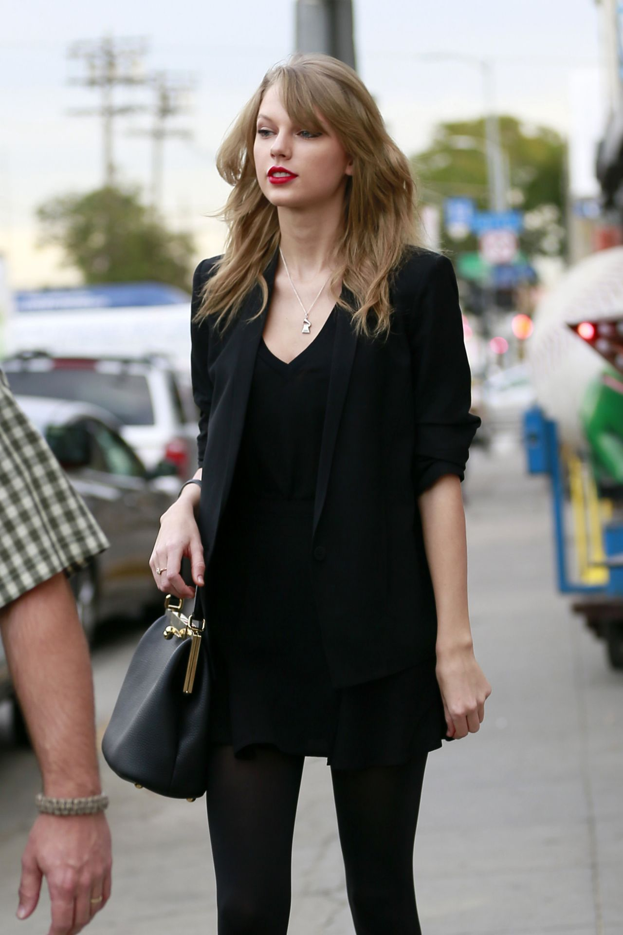 Taylor Swift Street Style - at an Antique Shop in Los Angeles, January 2014