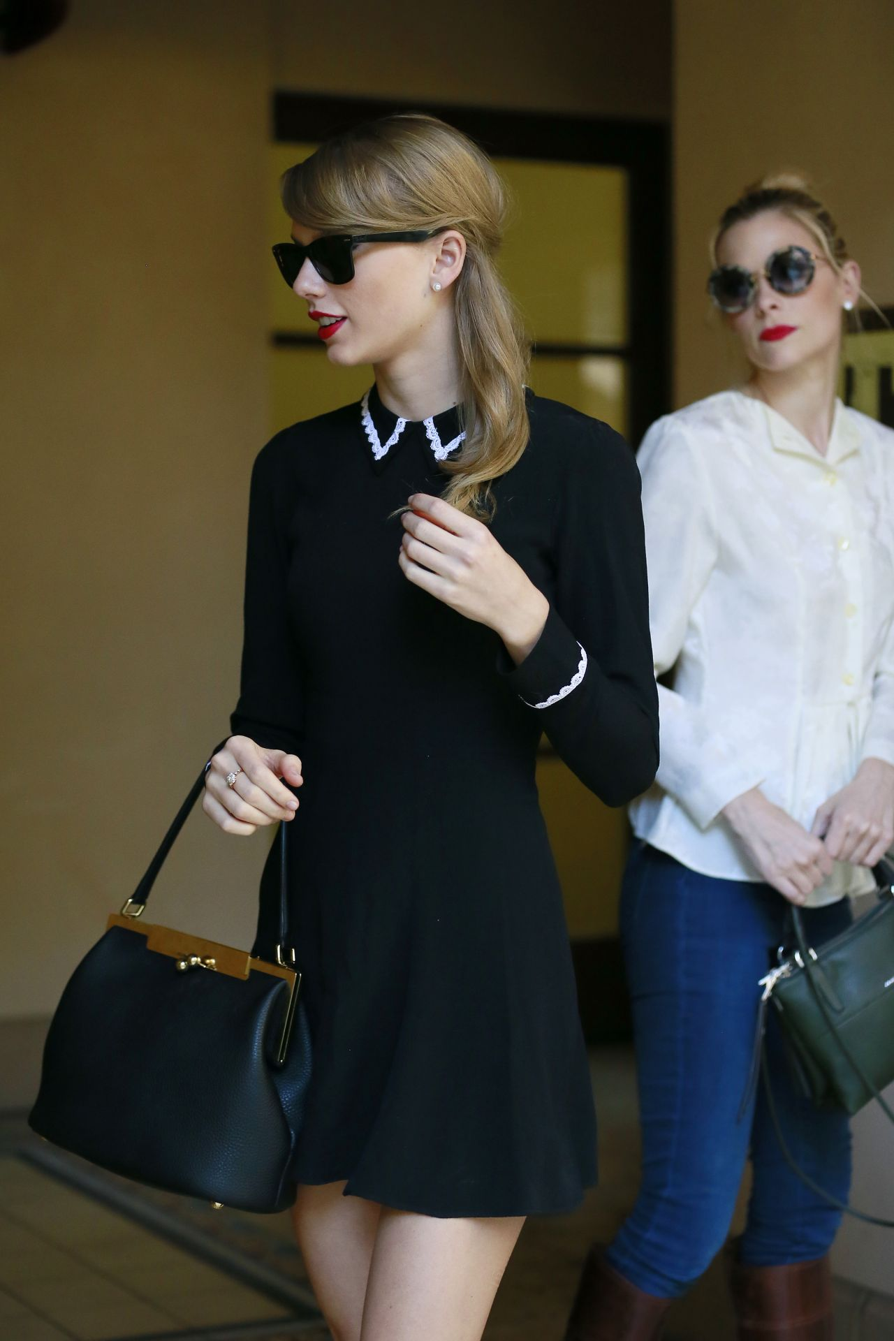 Taylor Swift Street Style is So Cute - Out in Beverly Hills, January 2014