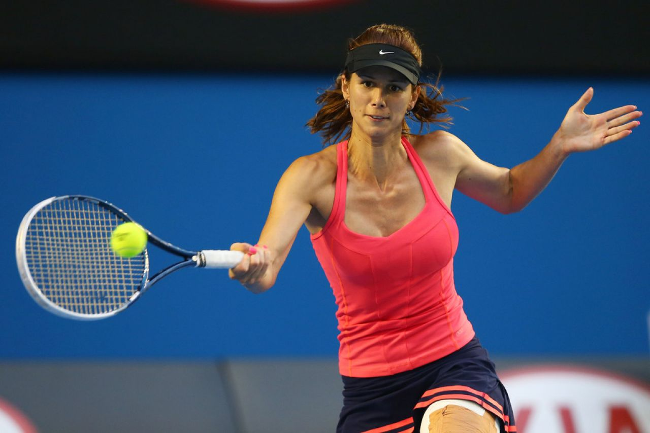 Tsvetana Pironkova - Australian Open in Melbourne, January 15, 2014