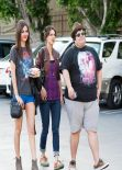 Victoria Justice - Leggy in Shorts Having Lunch With Friends in L.A. - January 2014