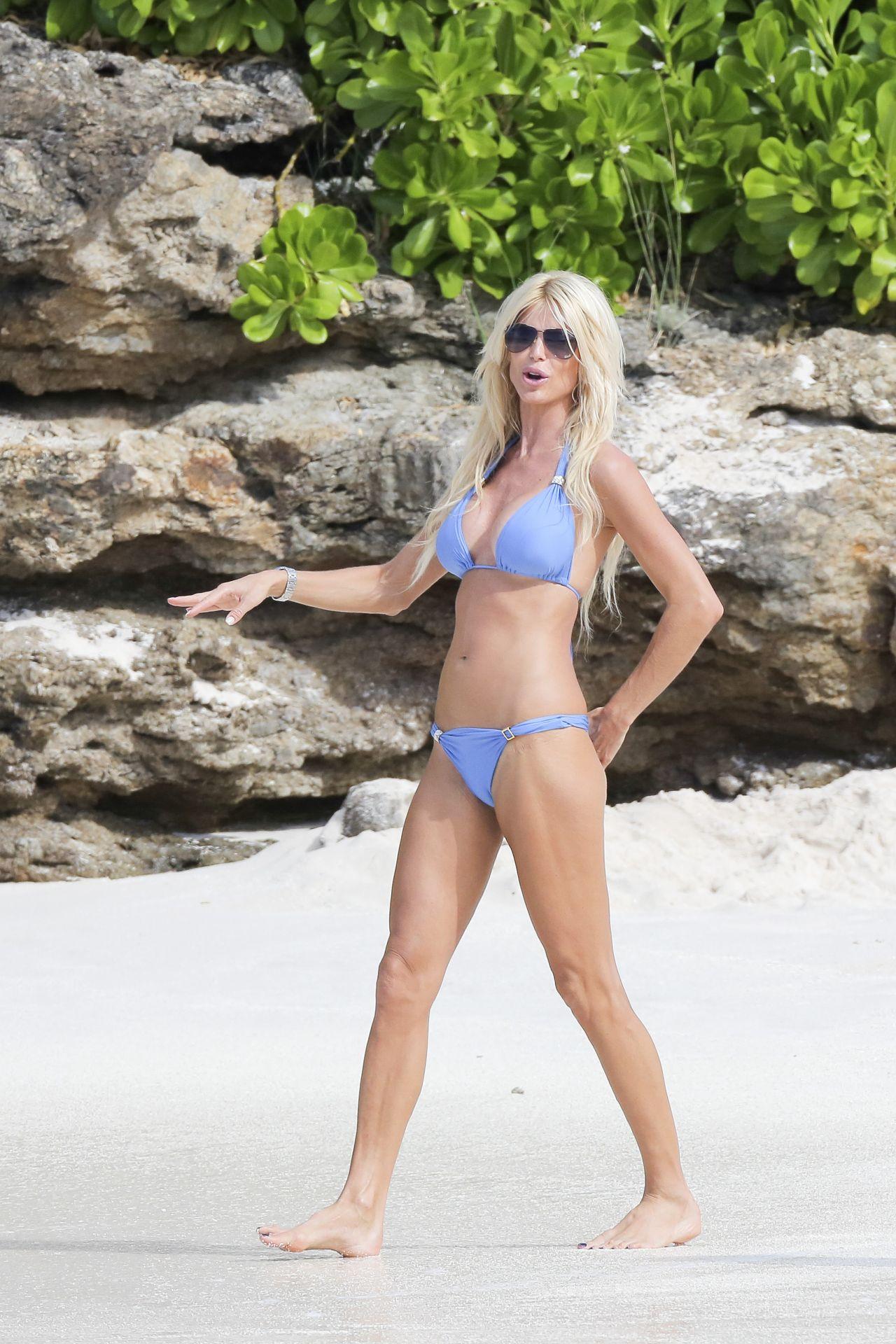 Victoria Silvstedt Bikini Candids - St. Barts, January 2014